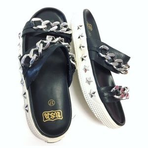 ASH | 'KRISTEN' STAR STUD CURB CHAIN SANDALS EUC